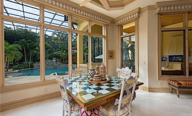 Breakfast Nook off the Chef's kitchen.