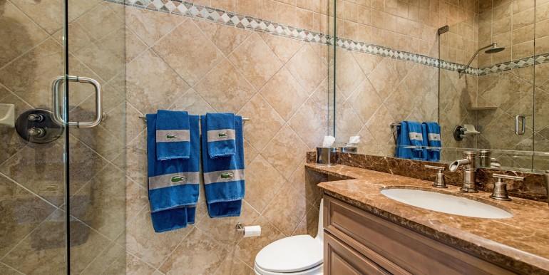 665 Mezner 203 Naples FL 34108-large-011-guest bath 2-1499x1000-72dpi (1)