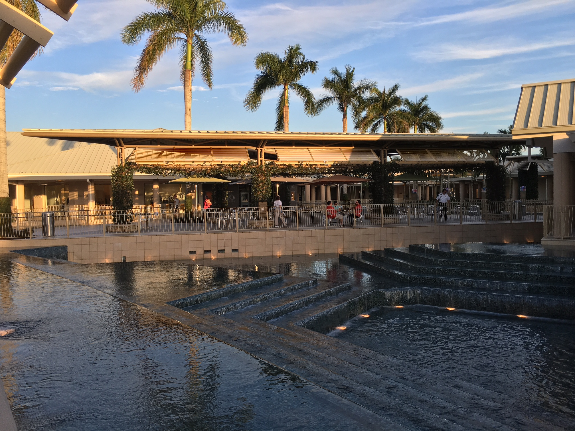 Waterside Shops Naples Florida Why It S The Most